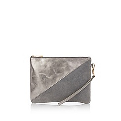Oasis - Fifi zip clutch bag