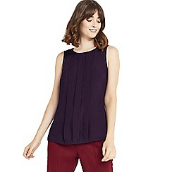 Oasis - Burgundy pintuck shell top