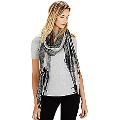 Warehouse - Metallic jacquard scarf