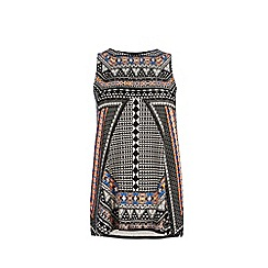 Warehouse - Placement tribal swing vest