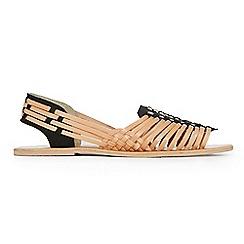 Warehouse - Hariachi sandal