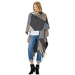 Warehouse - Triangle colourblock cape