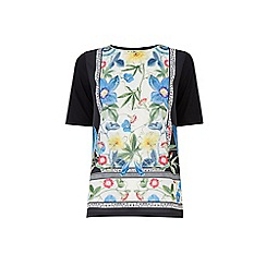 Warehouse - Botanical placement tee