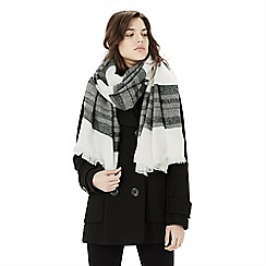 Warehouse - Wide stripe scarf