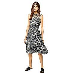 Warehouse - Printed pleated midi dress