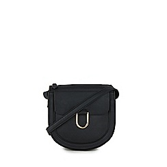 Warehouse - Large d ring saddle crossbody bag