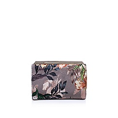 Nine West - Beige 'Emora Clutch Sm' clutch bag