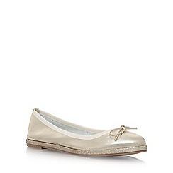 Nine West - Gold 'Daniella' flat slip on pumps