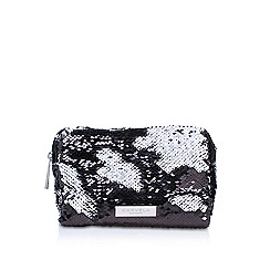 Carvela - Ryley boxy cosmetic pouch make up bag