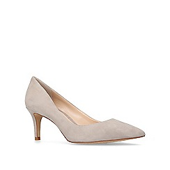 Vince Camuto - Natural 'Tanela' mid heel court shoes