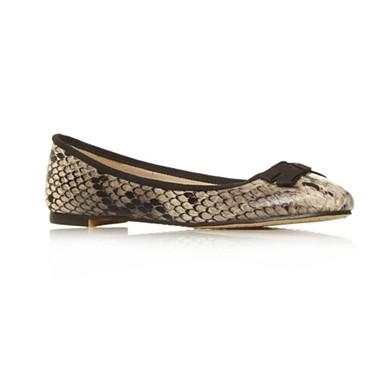 Beige Hermione Flat shoes