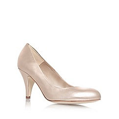 Carvela - Gold 'Adam' mid heel court shoes