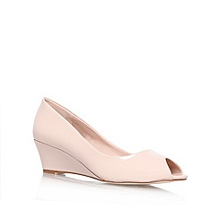 Carvela - Nude 'Kim' mid heel wedge court shoes