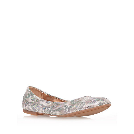 Nine West - Gold +andheart3+ flat shoes