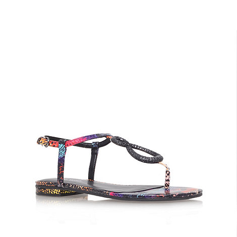 Nine West - Black +zeonette+ flat t-bar sandals