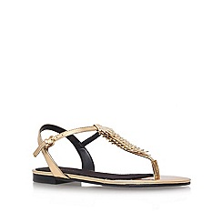 Nine West - Gold 'zachi3' flat t-bar sandals