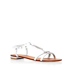 Carvela - White 'kinetic' flat sandals