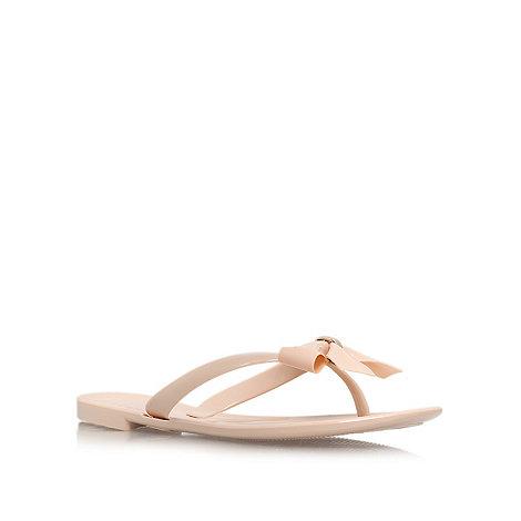 Carvela - Nude +Star+ flat flip flops