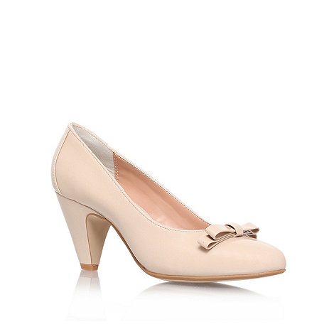 Carvela - Nude +kelly+ mid heeled court shoe