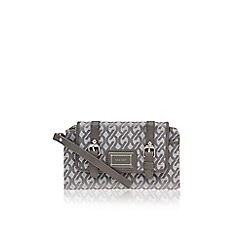Nine West - Nine West Pick SLG Wrist Grey Purse