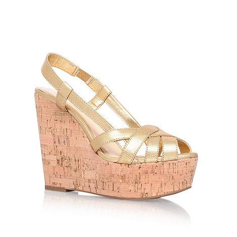 Jessica Simpson - Gold +Westt+ high heel wedges