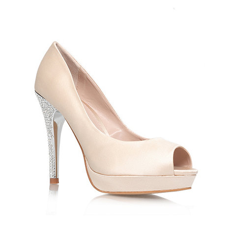 Carvela - Nude +Guest+ mid heel courts