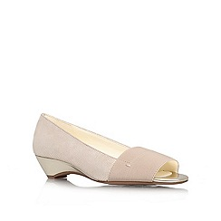 Anne Klein - Gold 'Baylee6'  low heel courts