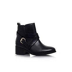 Carvela - Black 'Theo' low heel ankle boot