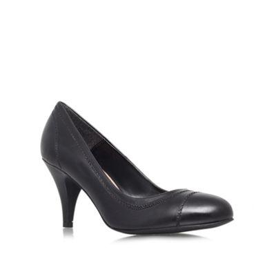 Carvela Black ´Admin´ mid heeled courts - . -