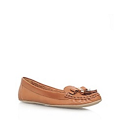 Carvela - Tan 'Leaf' flat slip on loafer