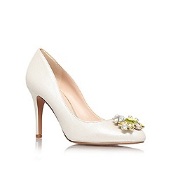 Nine West - Gold Comb 'Glover' high heeled courts