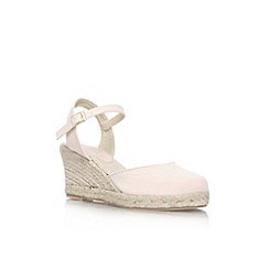 Carvela - Nude 'Sabrina' low wedge heel court shoe