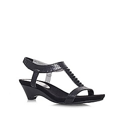 Anne Klein - Black 'Teah2' Low heeled sandal