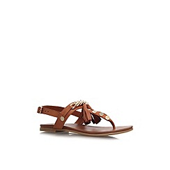 Carvela - Tan 'Krimp' flat to post sandal