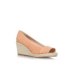Nine West - Nude 'Robi' mid wedge heel shoe