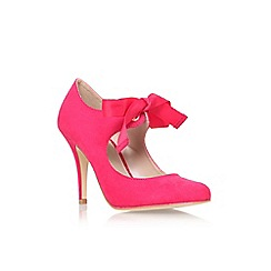 Carvela - Fushia 'Katrina' high heel court shoe