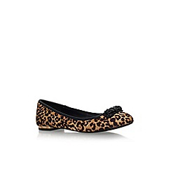 KG Kurt Geiger - Tan comb 'Libra' flat slip on printed balletina pump
