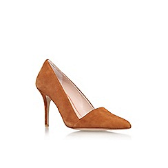 Carvela - Tan 'Able' high heel court shoe