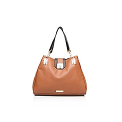 Carvela - Tan 'Fae' lock chain handbag
