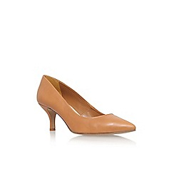 Carvela - Tan 'Anna' mid heel court shoe