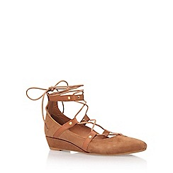 Carvela - Brown 'Live' low heel ballerina pump