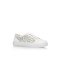 Carvela - White 'Jemm' flat lace up sneaker