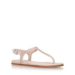 Vince Camuto - Natural 'emmil' toe thong sandal