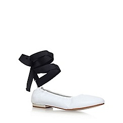 KG Kurt Geiger - White 'Kitty' low heel ballerina pumps