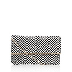 Miss KG - Black 'Haeleigh Clutch Bag' with shoulder strap