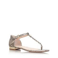 Vince Camuto - Gold 'Halana' flat sandal