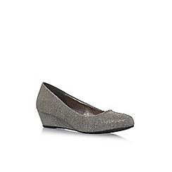 Miss KG - Gold 'Seren' mid heel pumps
