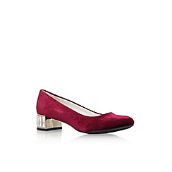 Anne Klein - Red 'Haedyn' low heel court shoes