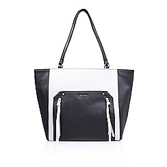 Nine West - Black 'Getting Ziggy' tote handbag with shoulder straps