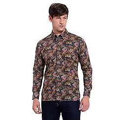 Gabicci Vintage - Black tailored fit liberty print woven shirt